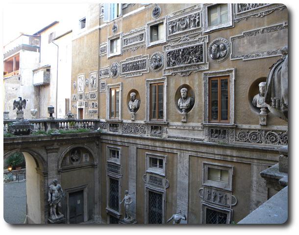 esempio del riuso nella storia di Roma