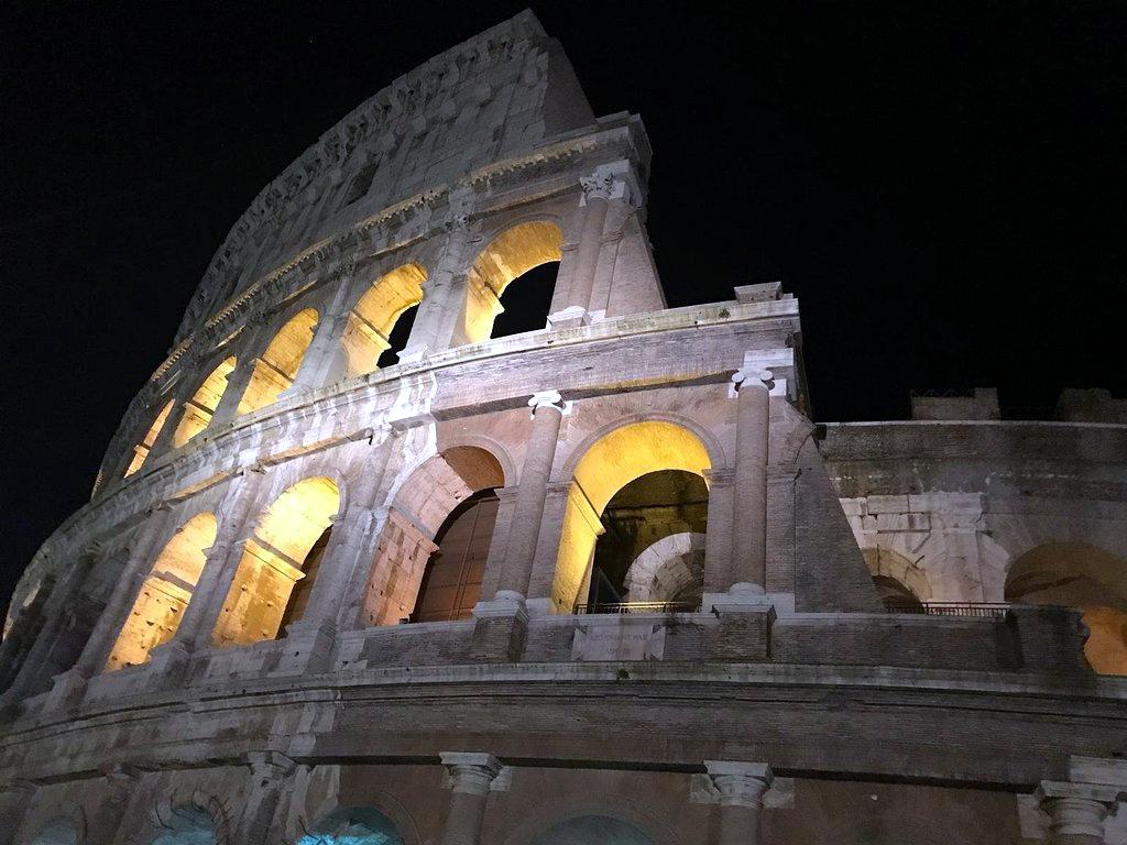 storie romane al Colosseo
